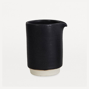 Otto Jug Black L (30% sale)