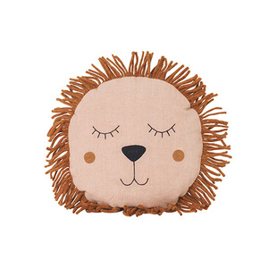 Safari Cushion Lion Rose  현 재고