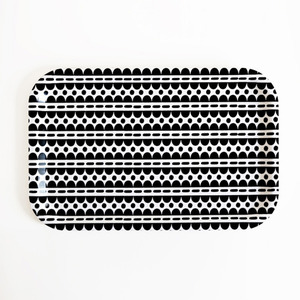 scallop dots snack tray (50% sale)