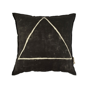THREE POINTS CUSHION (30% sale)
