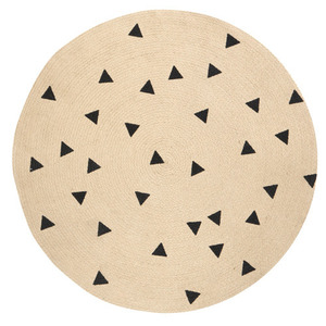 Round Carpet Triangles