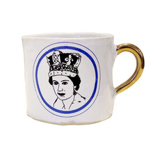 Alice Medium Coffee Cup Queen Elisabeth II